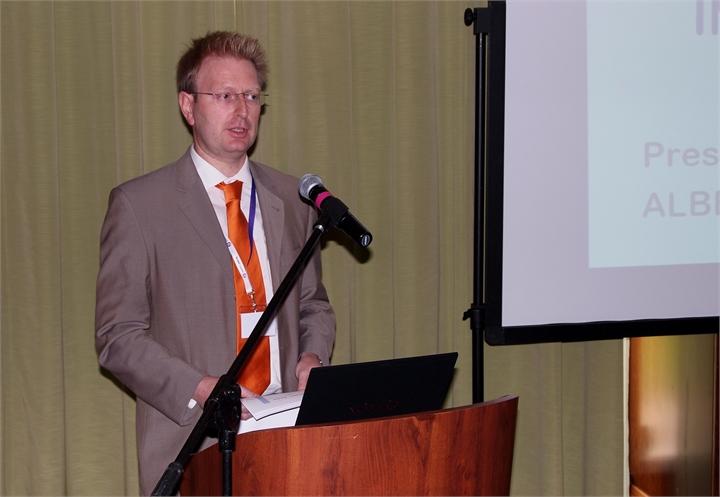 Albert Schauer, TETRON podczas konferencij w Polsce (fot. tetraforum.pl)