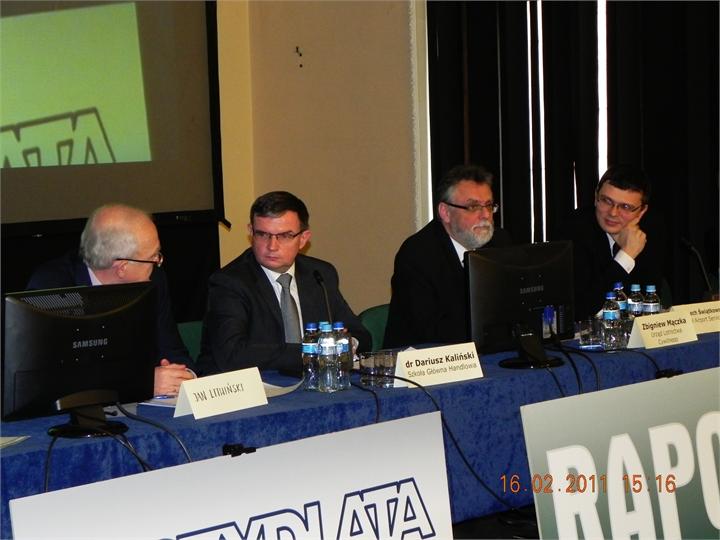 Komitet-prowadzacy-konferencje-Lotnisko2011