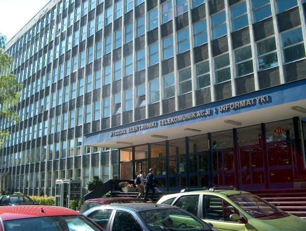 Wydzial-Elektroniki-Telekomunikacji-i-Informatyki-Politechniki-Gdanskiej-budynek-glowny
