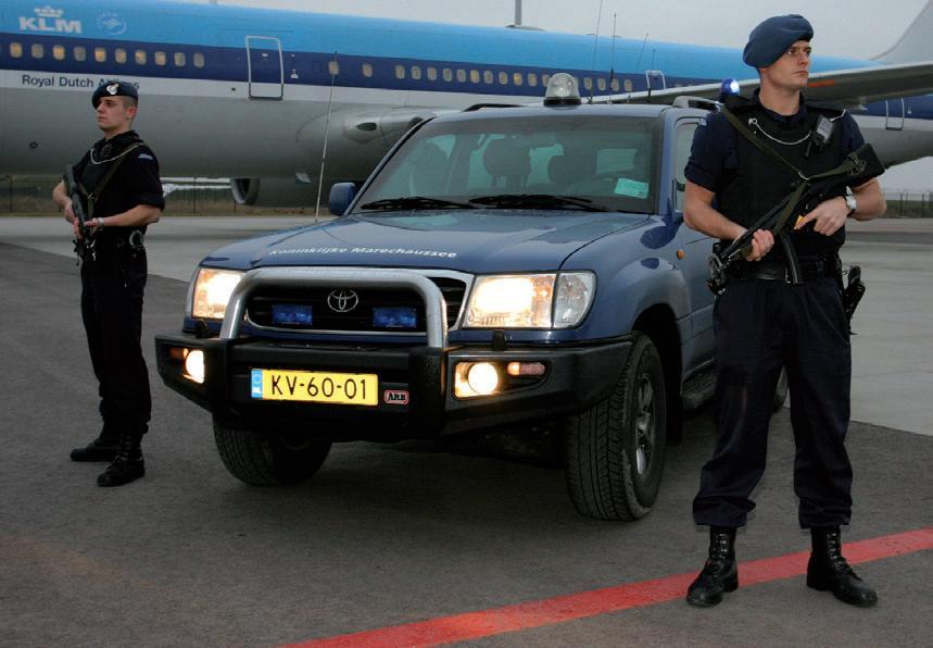 Sepura zapewnia nowoczesne rozwiązania radiokomunikacyjne holenderskiej Królewskiej Żandarmerii Wojskowej