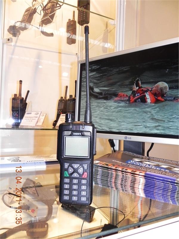 06STP8000-flagowy-model-radiotelefonu-TETRA-firmy-Sepura