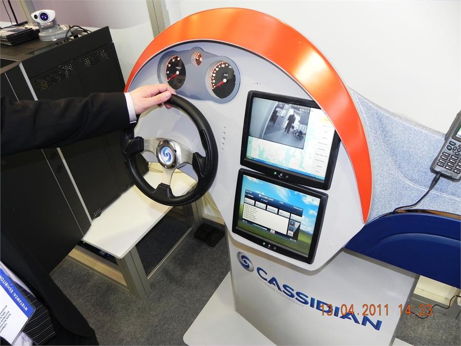 11baCassidian-koncepcja-komunikacji-PMR-w-samochodach