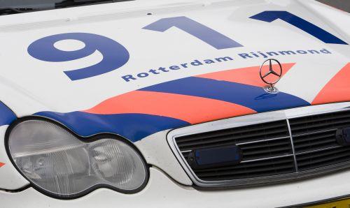 Policja z Rotterdamu wybiera radiotelefony TETRA firmy  Sepura