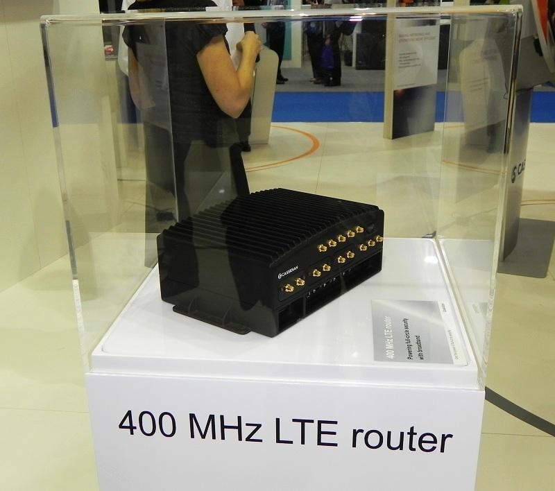 Pierwsze prototypu urządzeń LTE Cassidian dedykowane dla użytkowników służb bezpieczeństwa publicznego były prezentowane podczas TETRA World Congress 2011 w Bydapeszcie