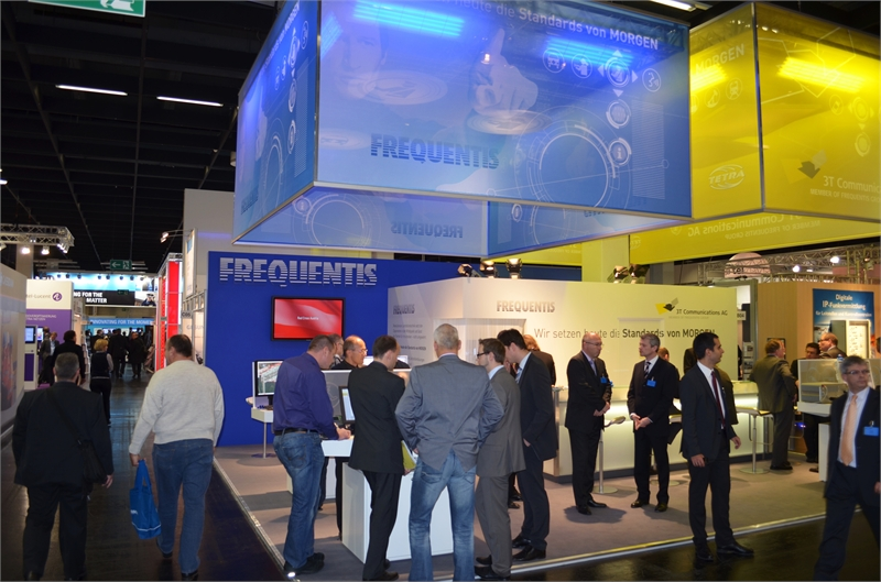 07-Frequentis-at-PMRExpo-2011