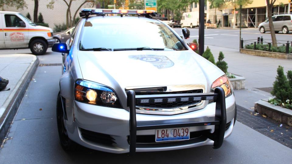 01-Radiowoz-policyjny-przyszlosci-Motorola.jpg