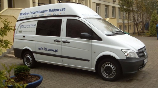 Mobilne-Laboratorium-Badawcze-TETRA-Instytut-Lacznosci-small.jpg