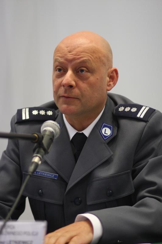 Arkadiusz Letkiewicz z-ca komendanta głównego ds. logistyki (fot.gazeta.policja.pl)