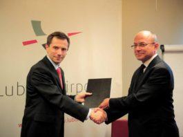 Umowa na dostawę systemu TETRA dla lubelskiego lotniska podpisana