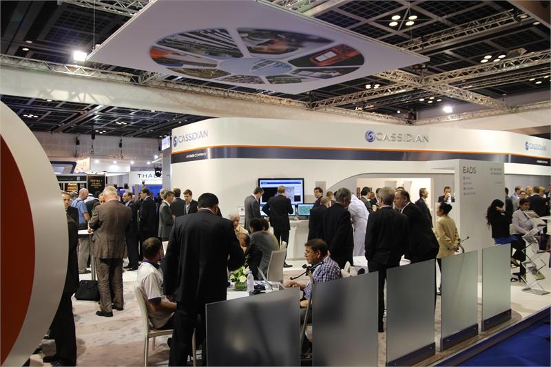 Licznie oblegane stoisko Cassidian podczas Światowego Kongresu TETRA 2012 w Dubaju