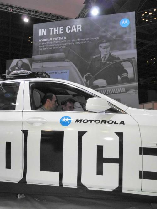 Motorola-TETRA-LTE-police-car-TWC-2012.jpg