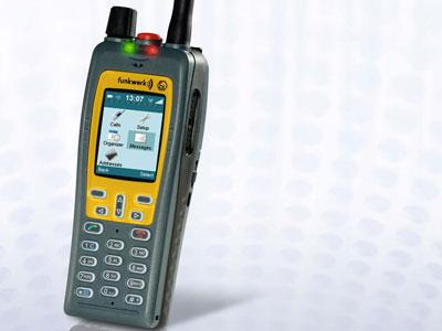Radiotelefony TETRA FT4 firmy Funkwerk