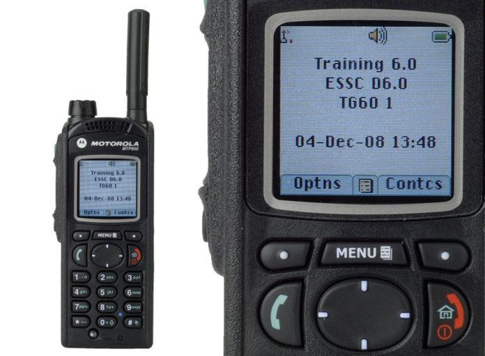 radiotelefon-tetra-motorola-mtp850.jpg