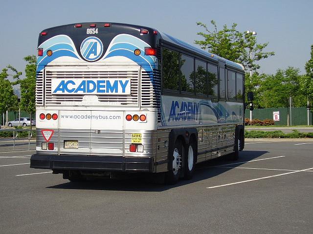 Autobus-Academy-Bus.jpg