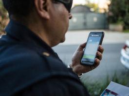 LEX L10 nowy smartfon dla służb od Motorola Solutions