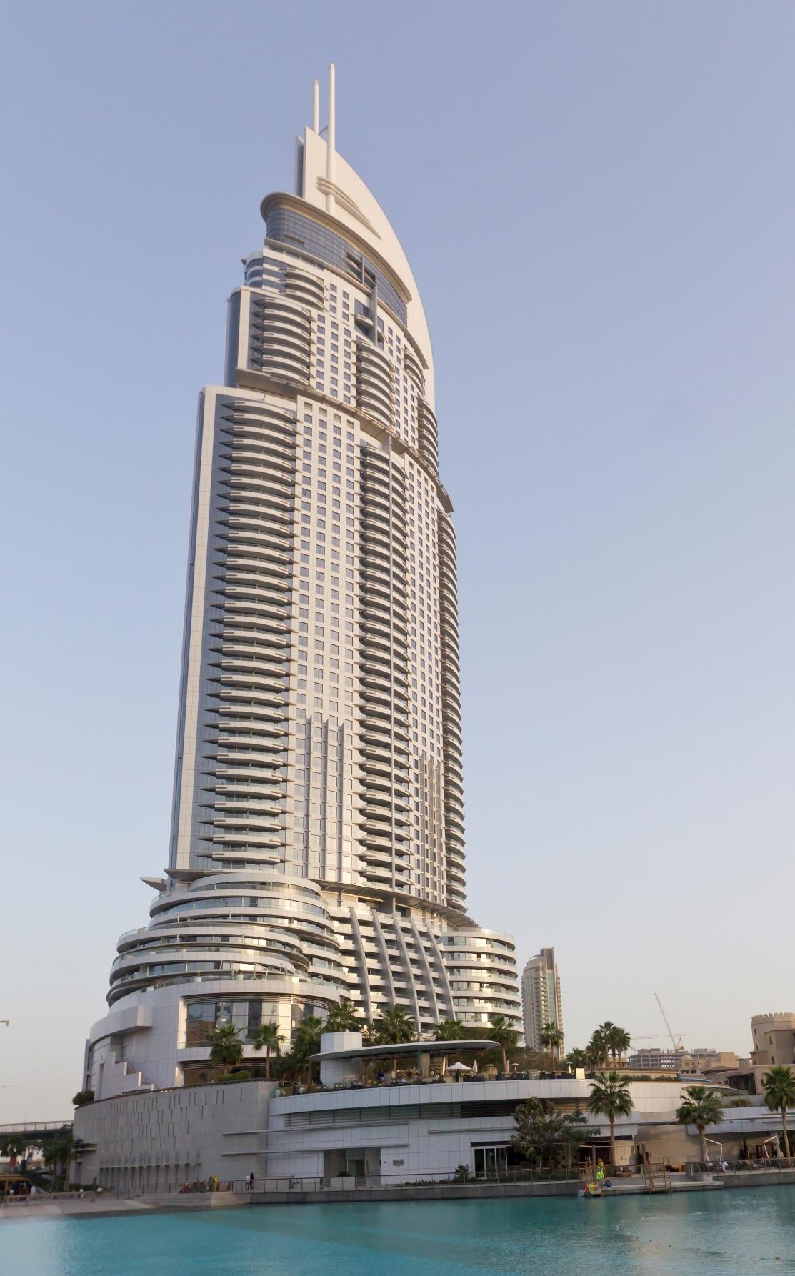 Dubai-Address Hotel Dubai-Airbus