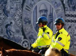 Holenderska Policja ogłosiła przetarg na 46 tysięcy radiotelefonów TETRA