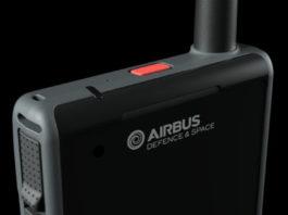 """Duży skok w ewolucji TETRA: Airbus Defence and Space prezentuje """"inteligentny"""" radiotelefon Tactilon Dabat"""