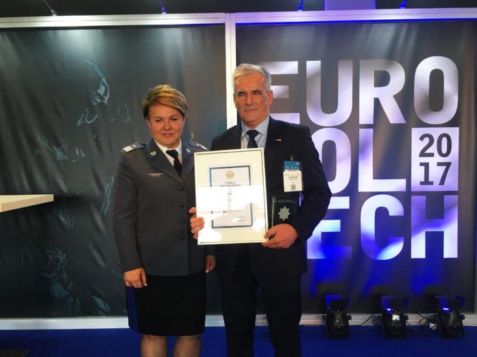 Radmor-Zbigniew-Furman-nadinsp-Helena-Michalak-Srebrna-Gwiazda-Policji-Europoltech-2017
