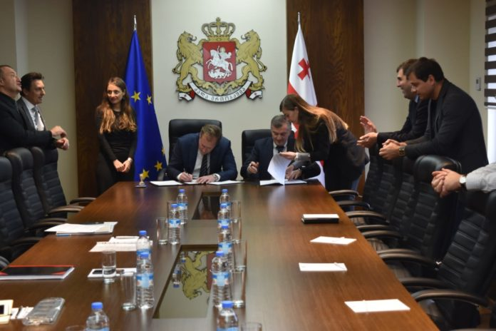 Motorola-Solutions-podpisanie-kontraktu-TETRA-Gruzja