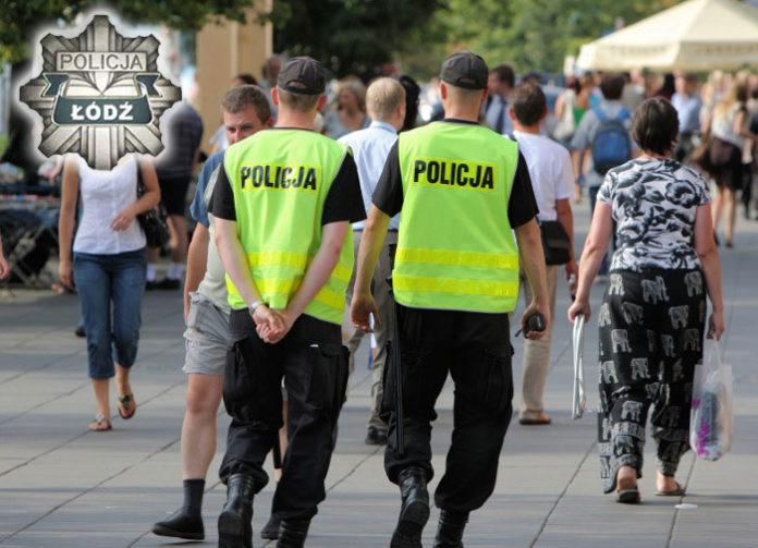 Polscy-policjancie-na-patrolu-lodz