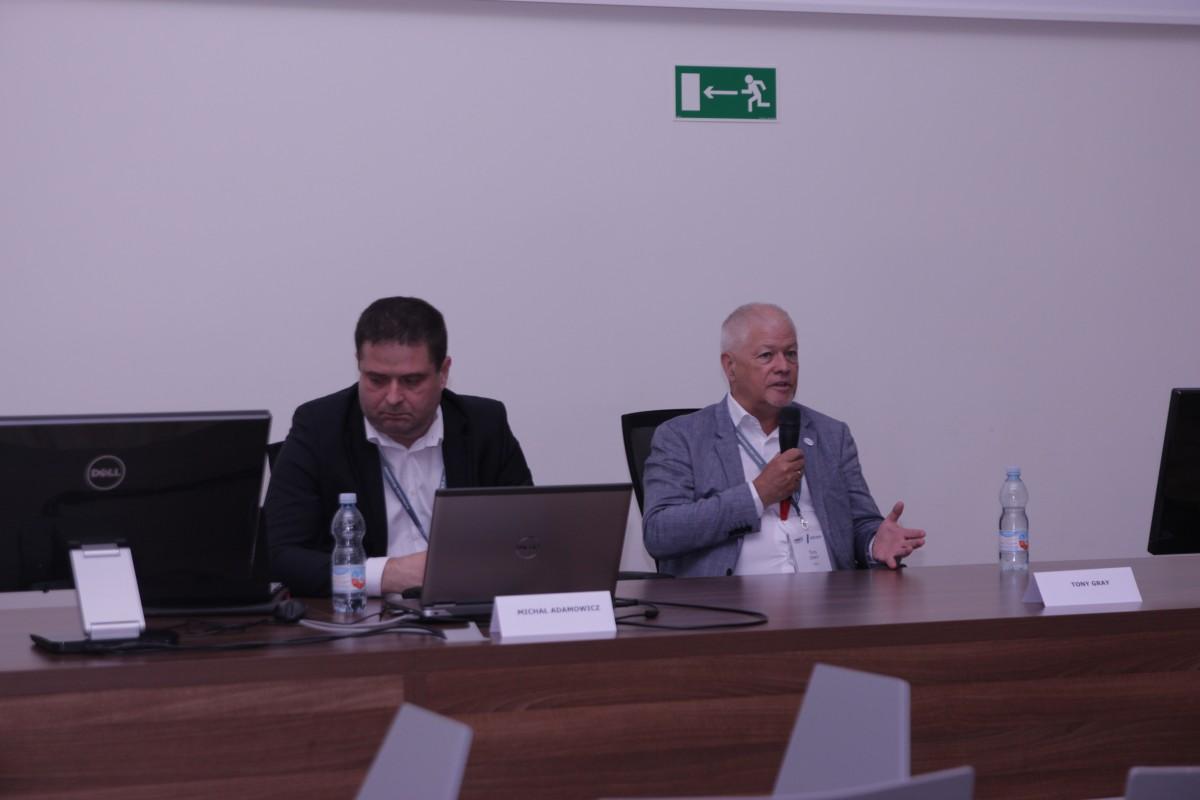 Tony Gray podczas konferencji KKRRiT 2019 we Wrocławiu