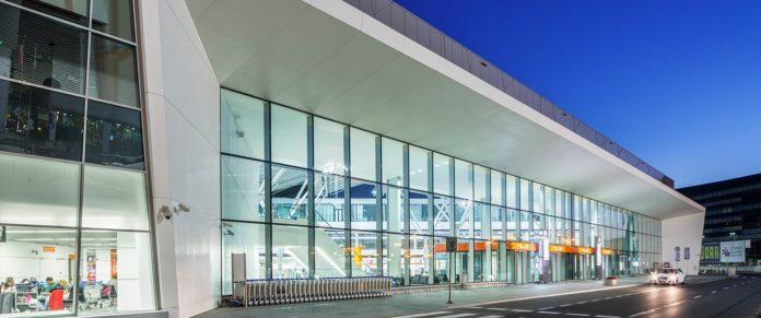 okecie-lotnisko-terminal-wyglad-front