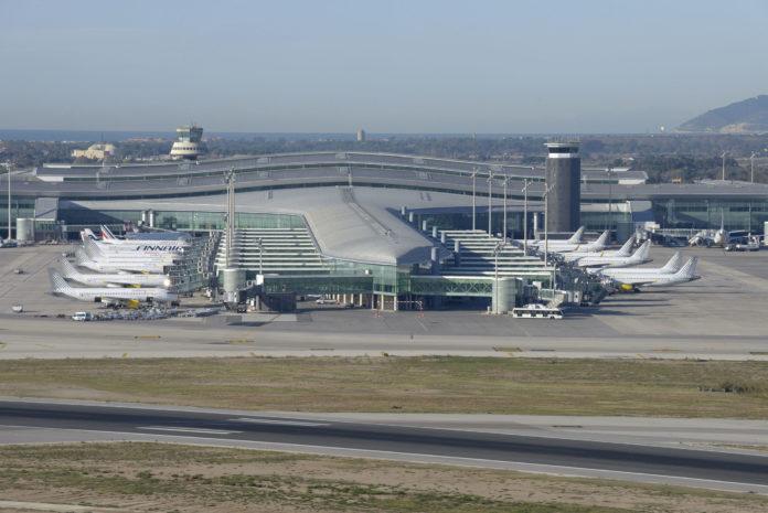 Barcelona-airport.jpg