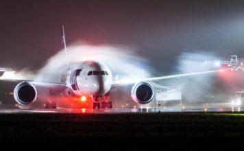 lotnisko-chopina-warszawa-samolot-serwis